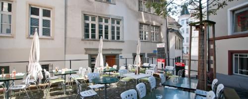Cafe-Pizzeria Barfi